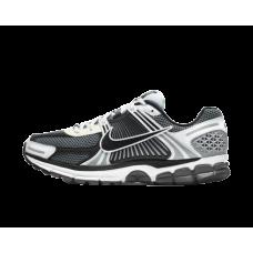 Nike Zoom Vomero 5 Dark Grey Black White