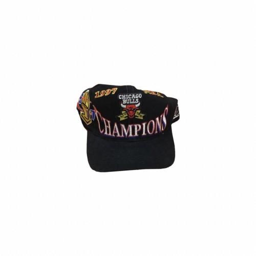 1997 Vintage Chicago Bulls Champion Cap